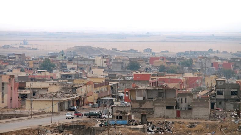 Massengrab mit 30 von IS-Terroristen getöteten Jesiden im Irak entdeckt