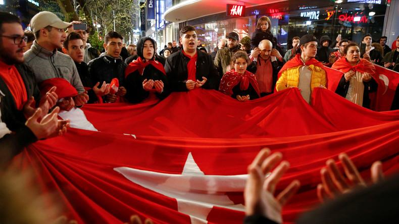 Nach der Abstimmung ist vor dem Protest: Türkei-Referendum: Rätselraten nach