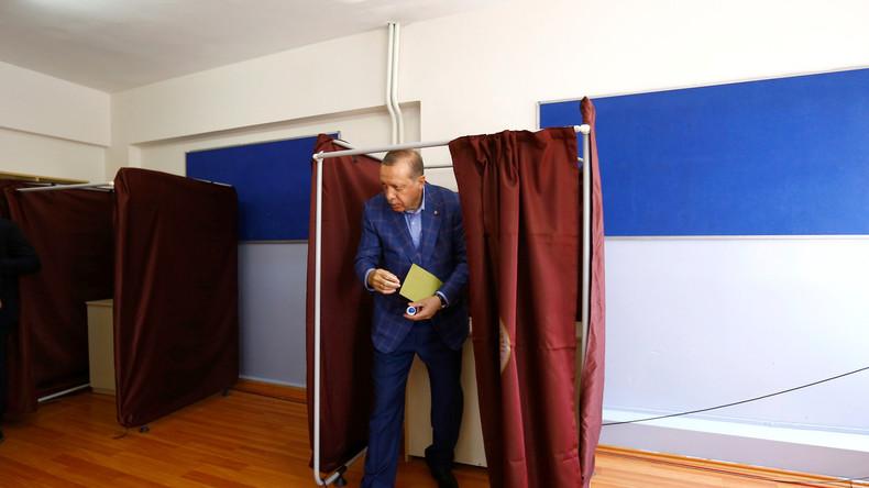 Opposition formiert sich gegen Erdoğans Referendum