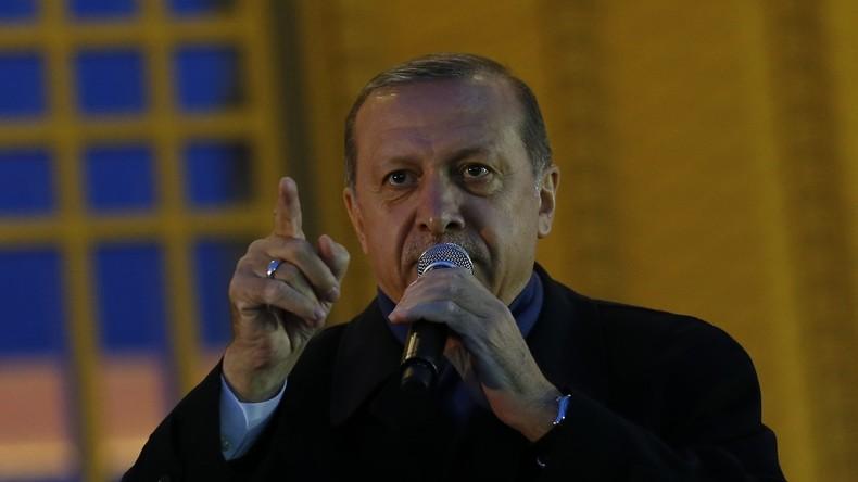"""Erdogan antwortet auf Wahlbeobachter-Kritik an Referendum: """"Kennt erstmal eure Grenzen"""""""