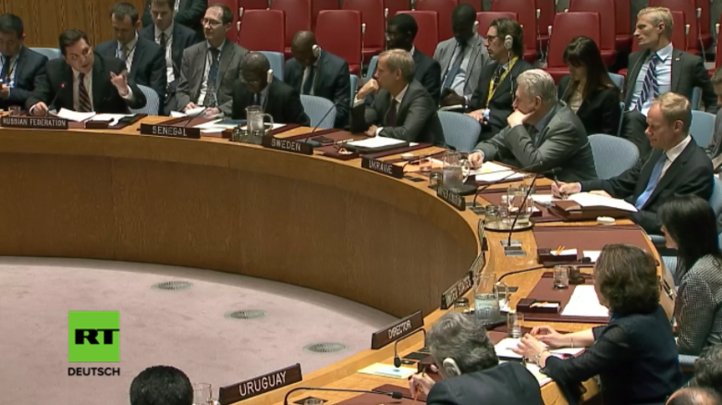 Russlands stellvertretender UN-Gesandter fordert britischen UN-Vertreter auf, ihn anzuschauen.