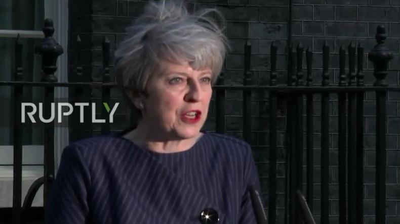 Live: Theresa May gibt überraschend Presse-Erklärung