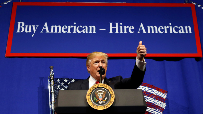 """""""Kauft amerikanisch, stellt Amerikaner ein"""" - Donald Trump setzt sich für US-Firmen ein"""