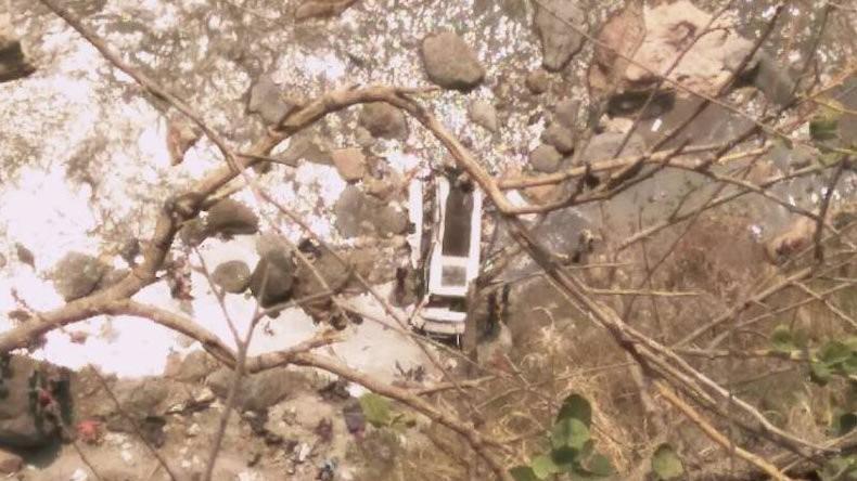 Indischer Bus in Fluss gestürzt – mindestens 44 Tote