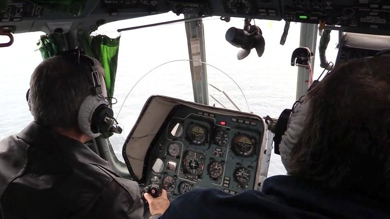 Russische Bergungskräfte suchen nach Überlebenden bei Schiffbruch im Schwarzen Meer