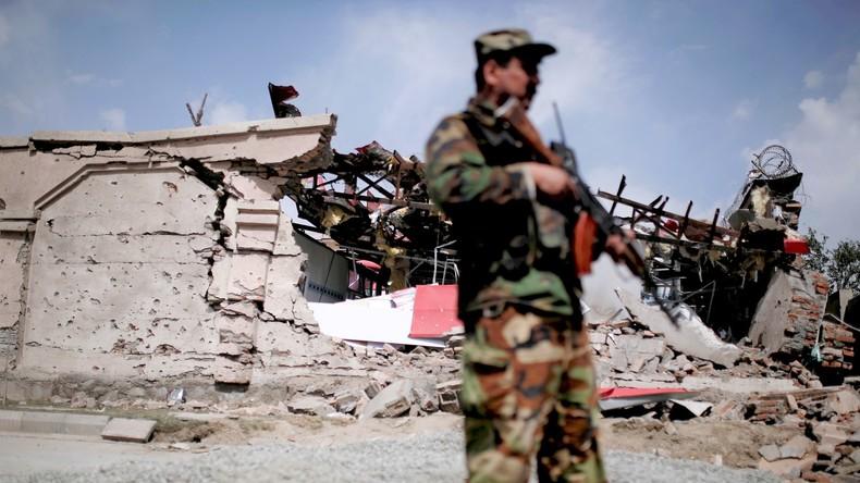 Mindestens 50 Tote bei Taliban-Angriff auf Militärbasis in Afghanistan