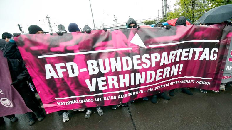 Bildergalerie: Proteste gegen AfD-Bundesparteitag in Köln