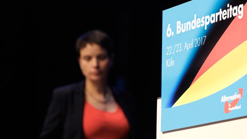 Liveticker zum AfD-Parteitag in Köln: Debatten, Abstimmungen, Gegenproteste