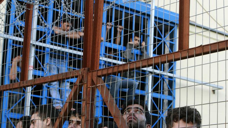 Verzweiflung in griechischem Flüchtlingslager: Migranten im Hungerstreik