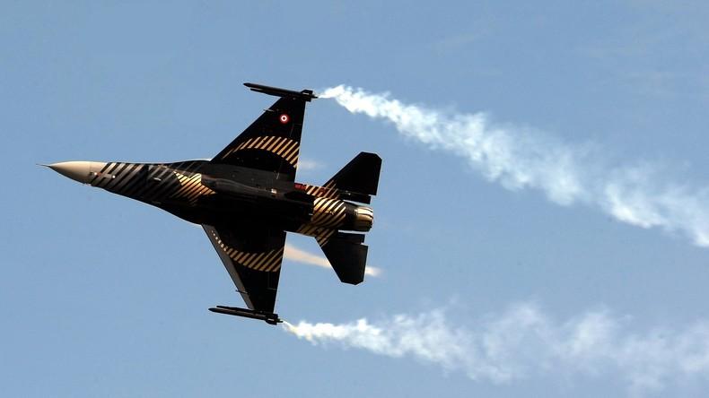 Türkei greift Kurdenstellungen in Syrien und im Irak an