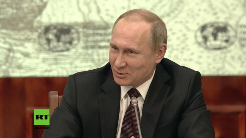 Putin bei einem Treffen des Kuratoriums der Russischen Geographischen Gesellschaft.