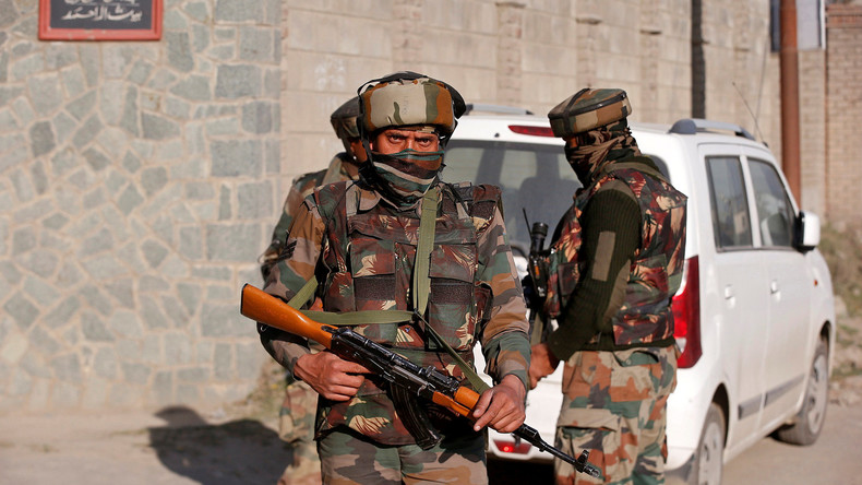 Drei indische Soldaten sterben bei Angriff auf Lager in Kaschmir