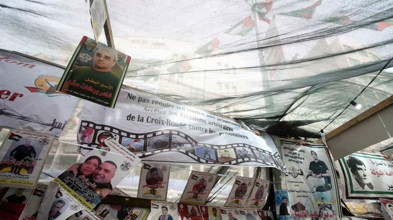 Palästinenser legen wegen Hungerstreiks in Gefängnissen Arbeit nieder