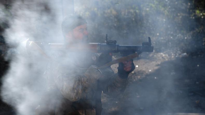 USA kaufen alte Waffen aus Albanien - und liefern über Bulgarien an syrische Rebellen