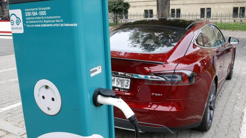 EU erlaubt Autokonzernen Bau und Betrieb gemeinsamer Ladestationen für Elektroautos