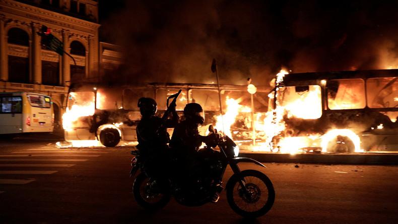 Zusammenstöße bei erstem Generalstreik in Brasilien seit Jahrzehnten