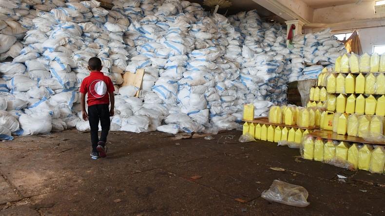 Russland verteilt unter Syrern sieben Tonnen Hilfsgüter bei acht humanitären Einsätzen