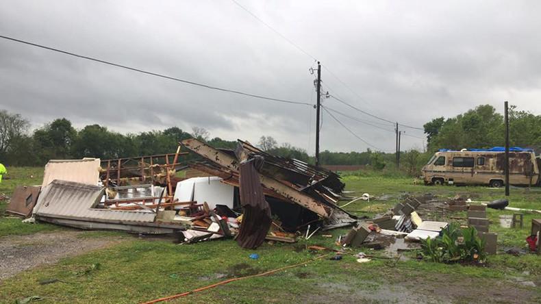 Mindestens fünf Tote durch Tornados in Texas