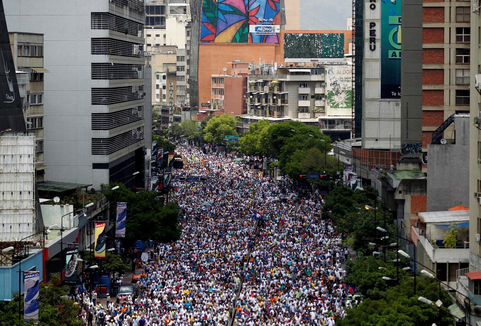 Massendemonstrationen und Gewalt in Caracas: Ein venezolanischer Maidan?