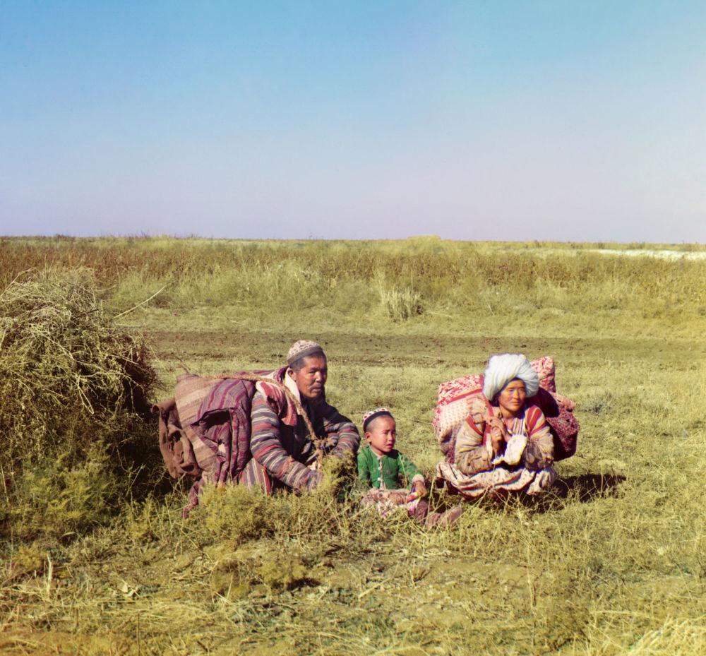 Kasachische Nomadenfamilie in der Syrdarja-Region.