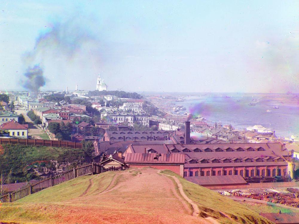 Gesamtansicht der Stadt Perm von Gorodskie Gorki aus.