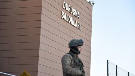 Türkischer Innenminister: Über 47.000 Gülen-Verdächtige sind in der Türkei in Untersuchungshaft