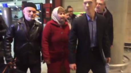 Verwandte des Terrorverdächtigen Akbarschon Dschalilow in Sankt Petersburg eingetroffen