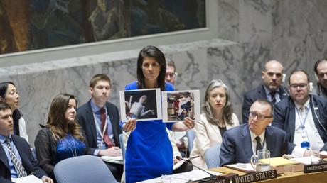 US-Gesandte im UN-Sicherheitsrat beschuldigt syrischen Präsidenten Giftgas eingesetzt zu haben.