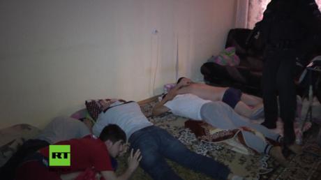 Mutmaßliche Rekrutierer der al-Nusra Front und des IS in Sankt Petersburg festgenommen.
