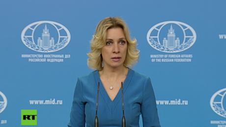 Sacharowa bei Pressebriefing am Mittwoch in Moskau.