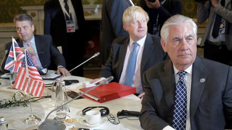 US-Außenminister Rex Tillerson mit seinen Kollegen Boris Johnson und Sigmar Gabriel bei den Gesprächen am Rande des G7-Außenminstertreffens in Lucca, Italien, 11. April 2017.