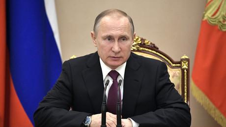 """Putin zu NATO-Reaktion auf Geschehen in Syrien: """"Sie nicken wie chinesische Wackelkopffiguren"""""""