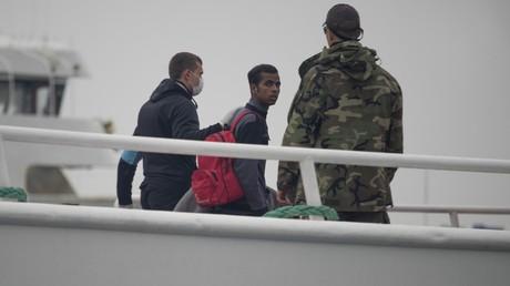 Ein Jahr nach Inkrafttreten des EU-Türkei-Flüchtlingspaktes - bislang 1.014 Migranten abgeschoben