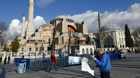 Die Hagia Sophia - ein Stein des Anstoßes in den belasteten griechisch-türkischen Beziehungen.  Bild: Bildpixel/pixelio.de