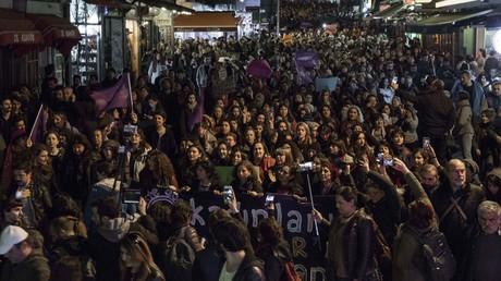 38 Aktivisten in Istanbul für Mitorganisation der Proteste gegen «Ja» beim Referendum festgenommen
