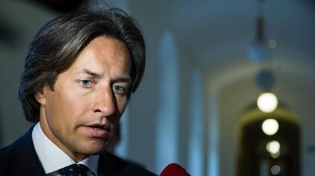 Verdacht der Untreue: In Österreich muss Ex-Minister vor Gericht
