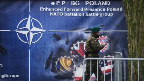 Dient der Aufmarsch von NATO-Truppen entlang der russischen Grenze am Ende gar als flankierende Unterstützung für den Fall einer amerikanisch-britischen Invasion in Syrien?