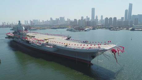 China präsentiert seinen ersten Flugzeugträger aus Eigenproduktion