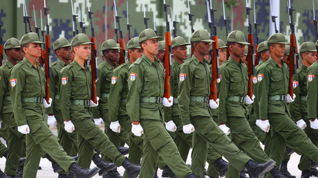 Kubanische Soldaten beim Training für die multinationale Militärparade in Peking, China, August 2015