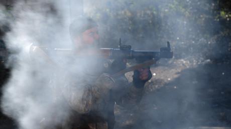 Die dubiose Firma Alguns Ltd. beliefert syrische Rebellen mit Waffen, die von US-Militärberatern ausgebildet werden. (Symbolbild)