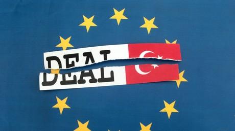 Symbolbild zur Drohung des türkischen Präsidenten Erdogan den Flüchtlingsdeal platzen zu lassen, wenn die EU die Visafreiheit für türkische Staatsbürger nicht aufhebt.
