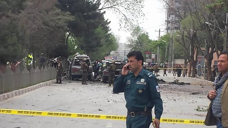 Mindestens acht Tote bei Anschlag auf NATO-Konvoi in Kabul