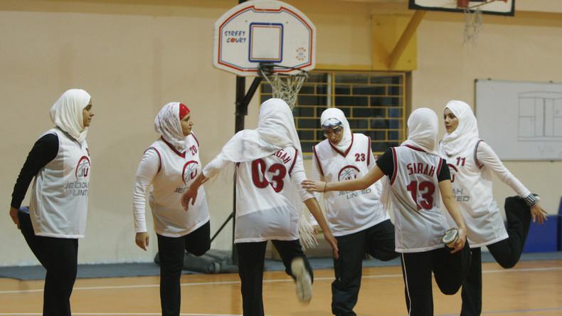 Kopftuch künftig auch beim Basketball erlaubt