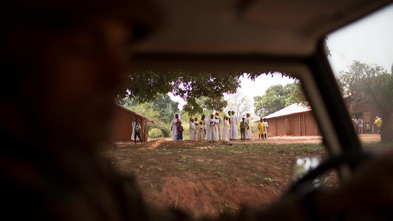 Hilfsorganisationen ziehen Mitarbeiter aus Zentralafrika ab