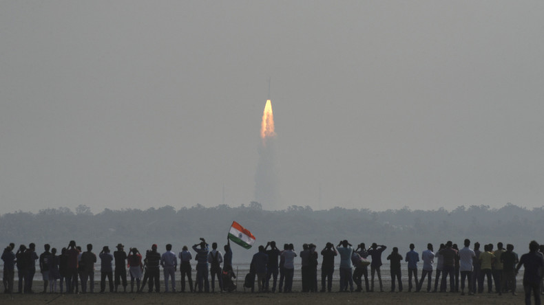 Indien verbessert diplomatische Beziehungen mit Südasien durch Start eines Kommunikationssatelliten
