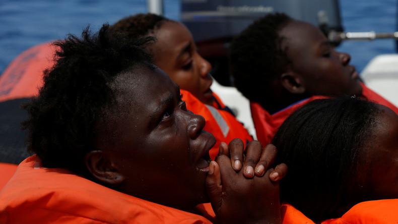 Hilfsorganisationen retten wieder rund 3.000 Migranten an einem Tag aus dem Mittelmeer