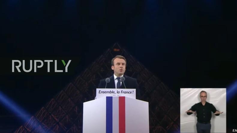 Live aus Paris: Macron tritt nach Wahlsieg vors Publikum