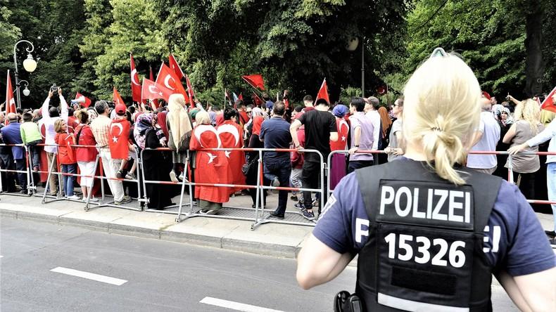 Affront gegen Ankara: Deutschland gewährt türkischen Soldaten erstmals nach dem Putschversuch Asyl