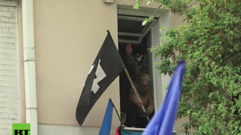 Ukraine: Faschisten attackieren Gedenkmärsche für Opfer des Zweiten Weltkrieges