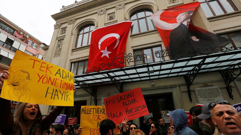 Türkische Akademiker im Hungerstreik erbitten Solidarität